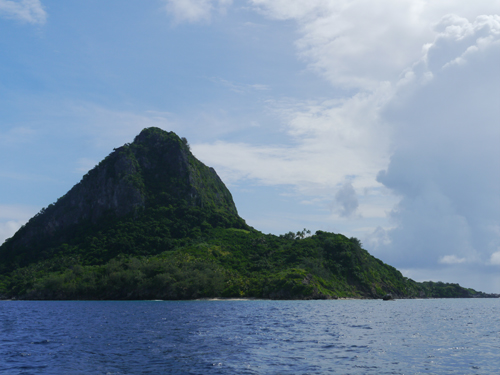 Sailing around Fijian Island