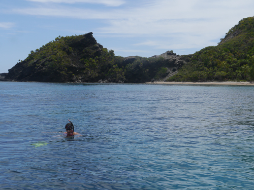 Tam Snorkeling in paradise