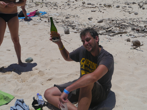Champagne, fijian Island and Ben