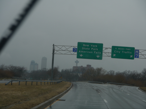 Sign for Niagara Falls